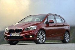 BMW 2er Active Tourer in Sixt ILMR