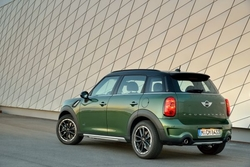 Mini Countryman in Sixt CLMR