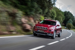 Jeep Cherokee in Sixt LFMR